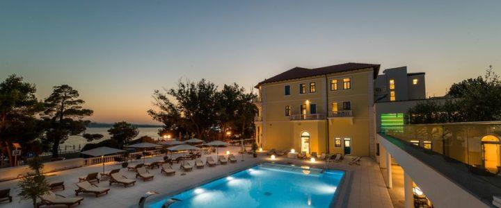 Crikvenica, Hotel Esplanade 4*